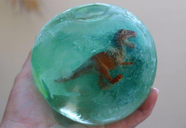 Замерзшие яйца динозавров. Творчество с детьми.