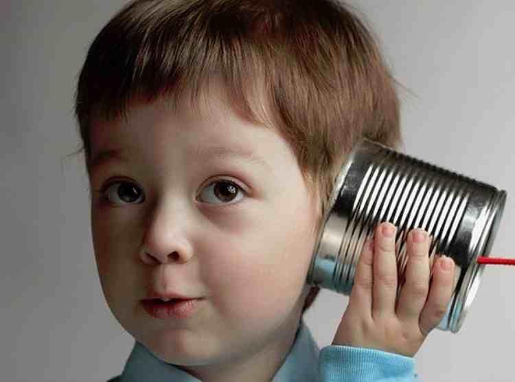 5 простых игр на развитие слуха у ребенка